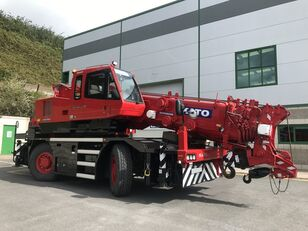 KATO 35 Ton City Crane - Only 18,941 kms from New mobile crane